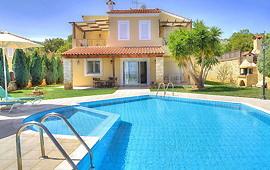 Villa Anemoni - Poolseite